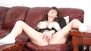 Nude busty mature with fine cunt, insane solo objurgate