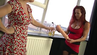 Marvelous Wendy knuckles and tastes her mate