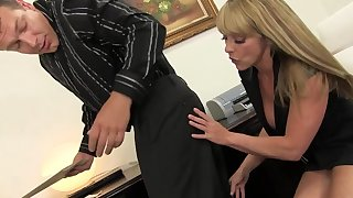 Discouraging cougar Shayla LaVeaux eats his ass and gets fucked hard