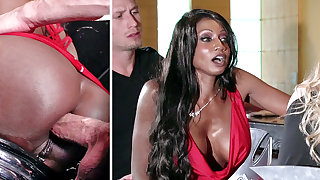 Bartender banged buzzed women ass fucking hither 3some