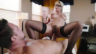 Dirty milf wants cum on her glasses after such a wild fuck