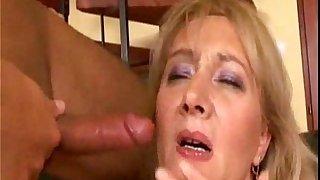 Chubby mature anal fuck