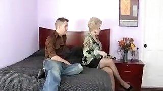 Mémés Exotiques, Mature video sexe