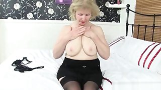 British grannies Zadi and Pearl almost stockings with suspenders