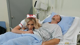 Carmen Caliente adores inexact fuck after a blowjob nearby her patient