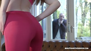 Old fart gets caught spying aloft a hot babe increased by go wool-gathering girl is a sexual connection freak
