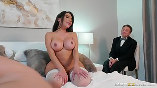 Obese ass spliced gets fucked approximately cuckold scenes and made to go for