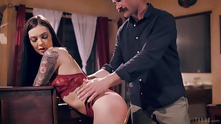 Abstruse plays obedient for her man's endless dick