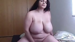 This big breasted BBW always succeeds on touching making me enduring and I love their way boobs