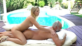 Aria Logan sex motion picture - grandpa got me messy