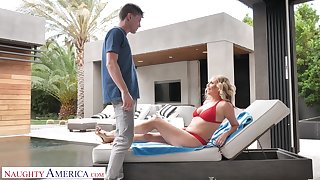Friend's hot mommy Elle McRae turned to be a blowjob expert added to insatiable whore